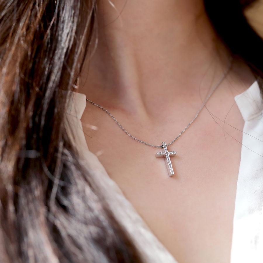 經典十字架 鑽石項鍊 / Classic Cross